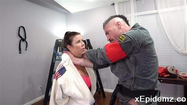 Amateurs - Alexis Fawx Learns Some New Martial Arts Tricks While Sucking Dick (2020/BangTrickery/SD)