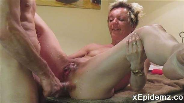 Amateurs - Fucking My Lovely Wife In The Pussy After A Dildo (2020/LoveHomePorn/HD)